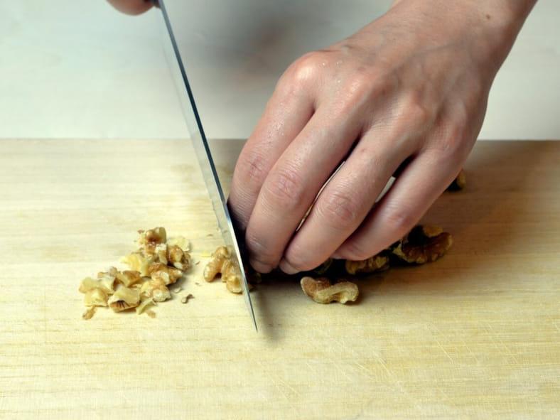 パイシートで簡単!さくさく食感のくるみ味噌のミートチーズパイ くるみ料理