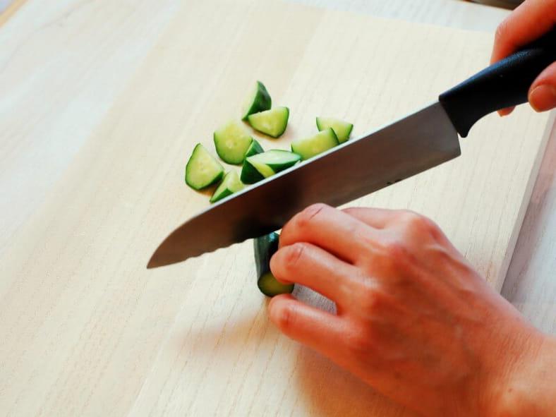 簡単でヘルシーに【ナッツとドライフルーツのギリシャ風サラダ】