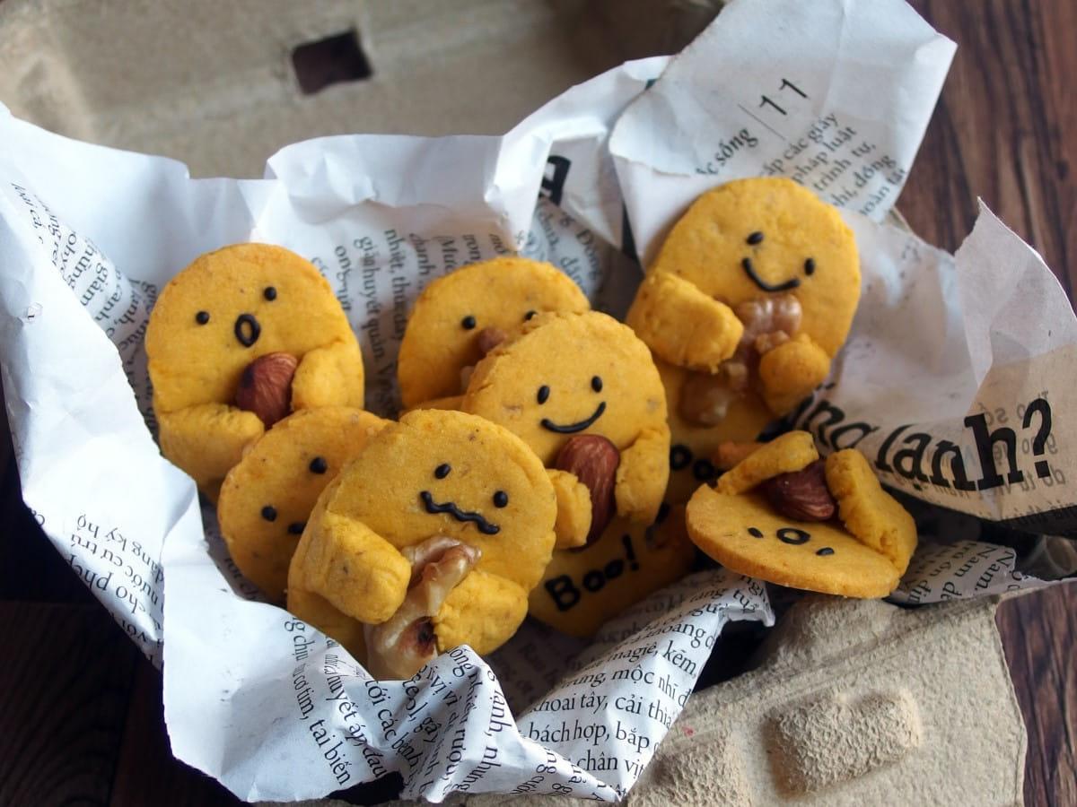 まるごとナッツのお化けクッキー