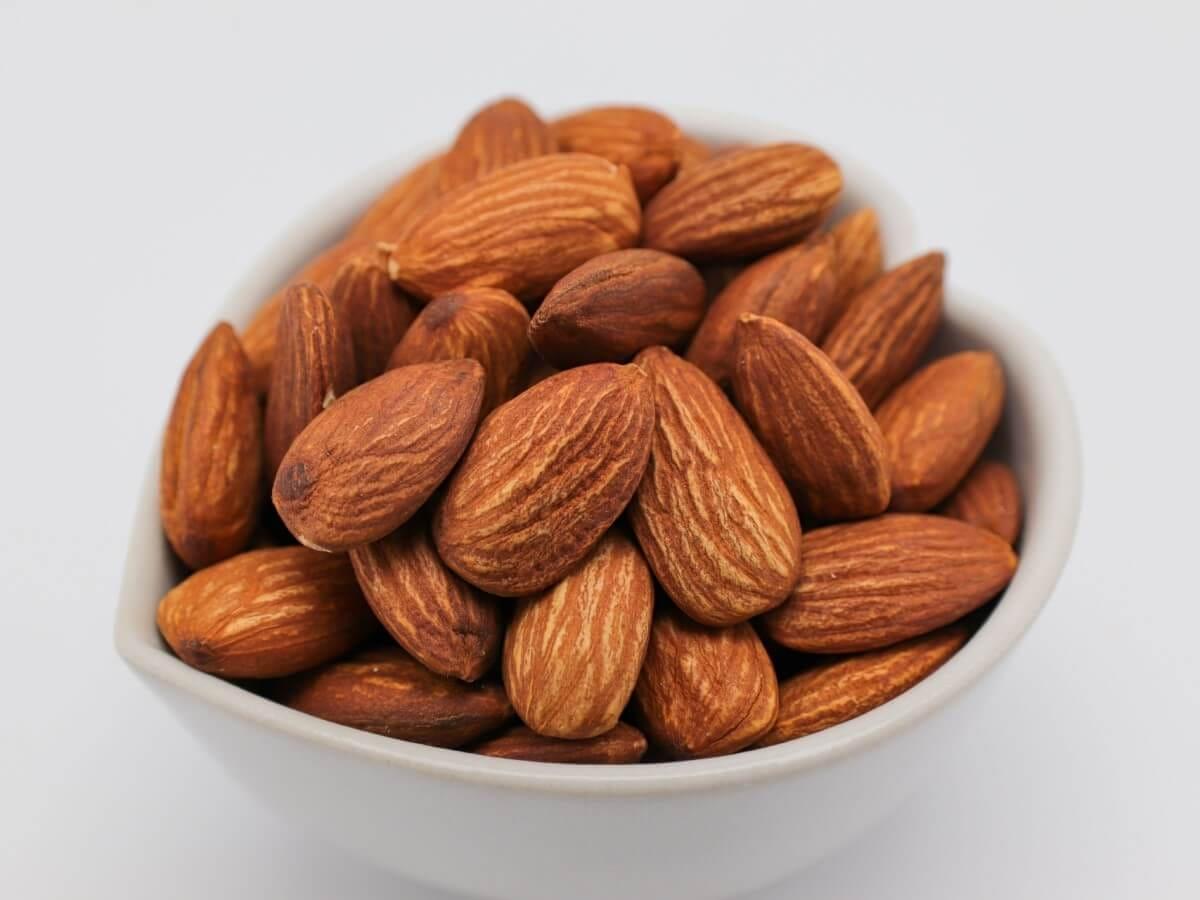 栄養が詰まったアーモンドを食べよう!1月23日は「アーモンドの日」ってご存知ですか?